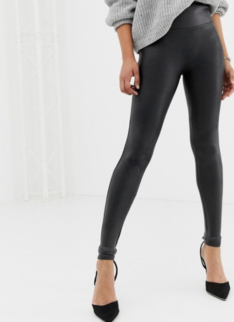 Spanx Leggings on Sale For Your Fall Wardrobe